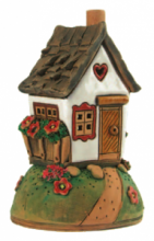 CASETTA SU COLLINA BRUCIA-ESSENZE TERRACOTTA H 15 CM